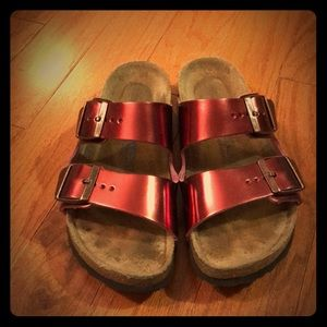 Birkenstock Arizona Sandal - Shiny Red!